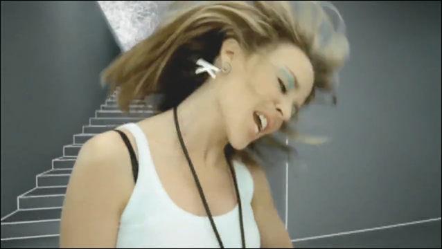 Видеоклип – Kylie Minogue - Love At First Sight