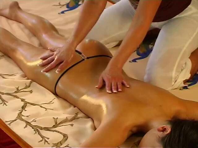 массаж чувствительный с продолжением для мужчины видео - 8