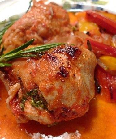 Рецепт – Тушенная курица со стручковой фасолью