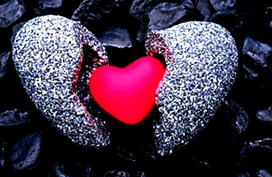 Стих – Я думал, что сердце из камня, что пусто