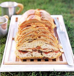Рецепт – Батон с начинкой по-французски Pan Bagnat