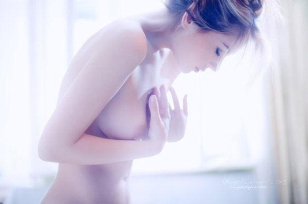 Фотографии красивых девушек в нижнем белье и без него [9 шт]