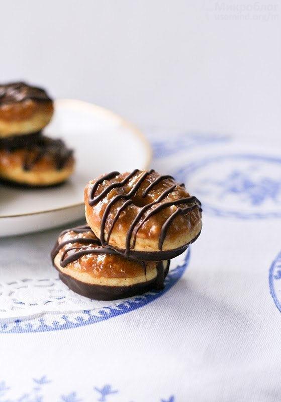 Рецепт - Карамельные пончики