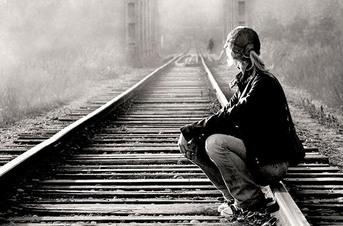 Стих – Я уеду когда-нибудь. Скоро. Этот город меня не удержит