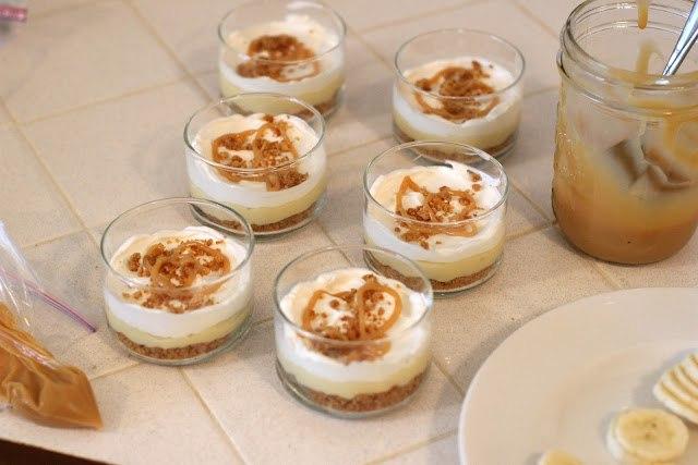Рецепт–Бананово-карамельный десерт с кремом