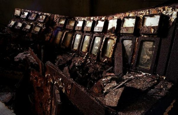Ганкаджима - город призрак. 21 реальная фотография заброшенного города