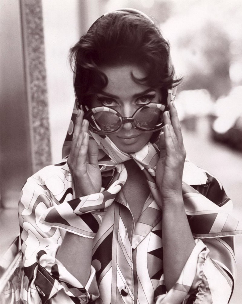 Фотосеты идеи–Isabella Rossellini от Steven Meisel