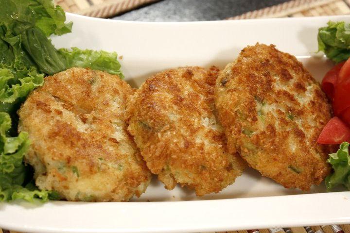 Рецепт–Куриные котлеты с плавленным сыром