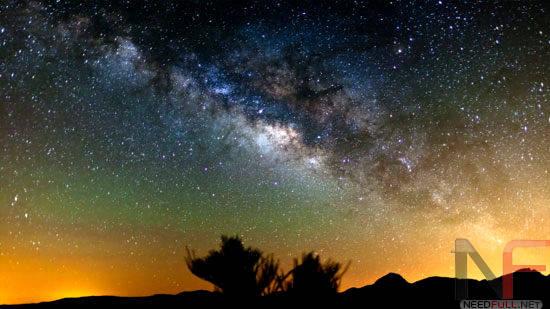 Стих–Мне бы ночь на уста, а на грудь–Млечный путь