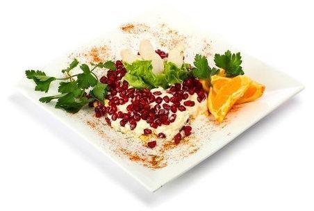 Рецепт – Салат из курицы с апельсинами и гранатом