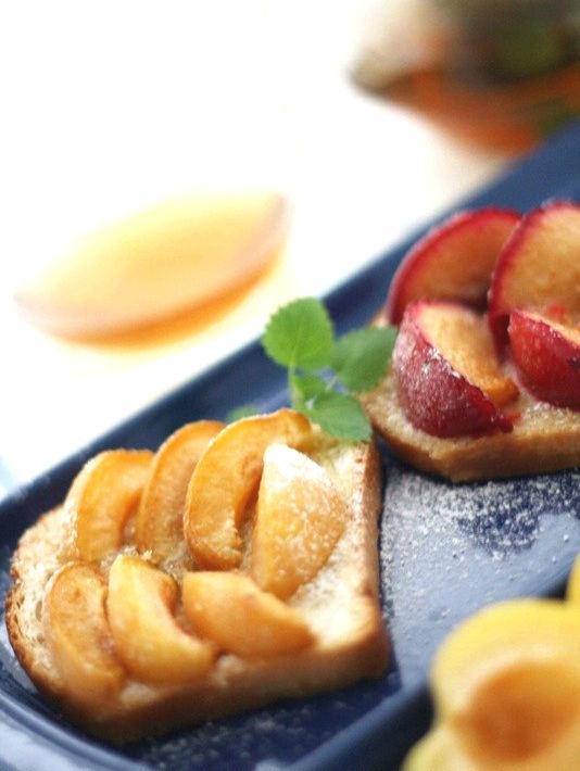 Рецепт – Сладкие фруктовые тосты