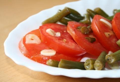 Рецепт–Помидоры со спаржевой фасолью