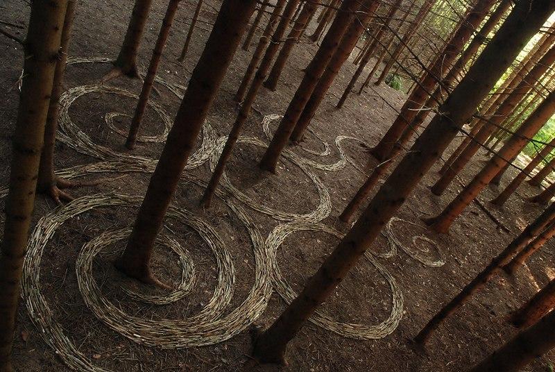 Изумительное искусство на природе