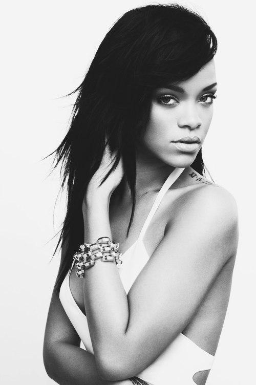 Фотосет: Рианна (Rihanna)