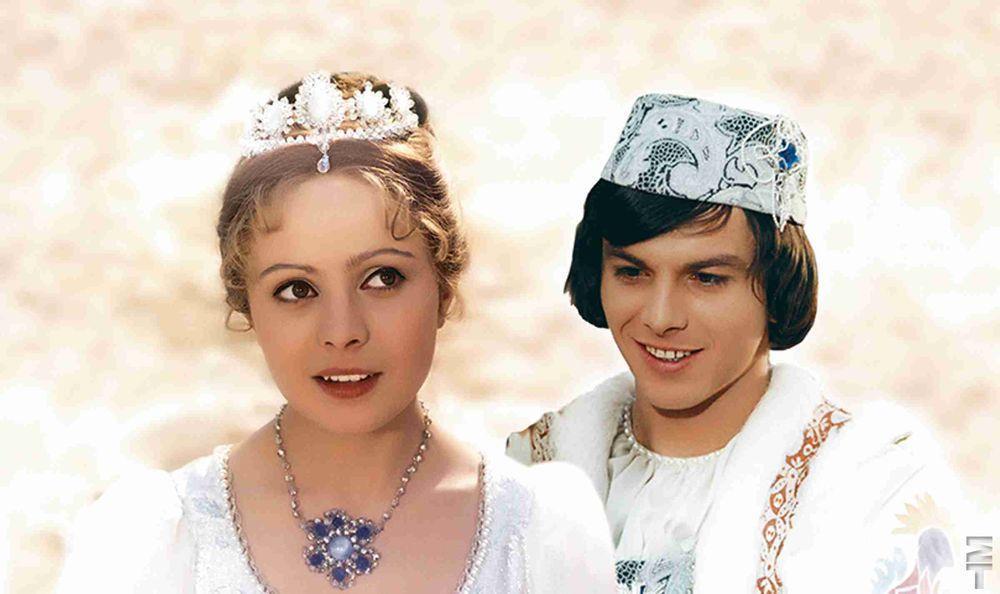 http://f.usemind.org/img/4/UseMind.ORG_smotret-tri-oreshka-dlya-zolushki.jpg